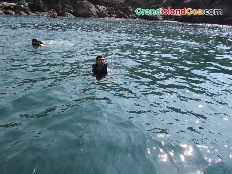 snorkeling-grand-island-goa