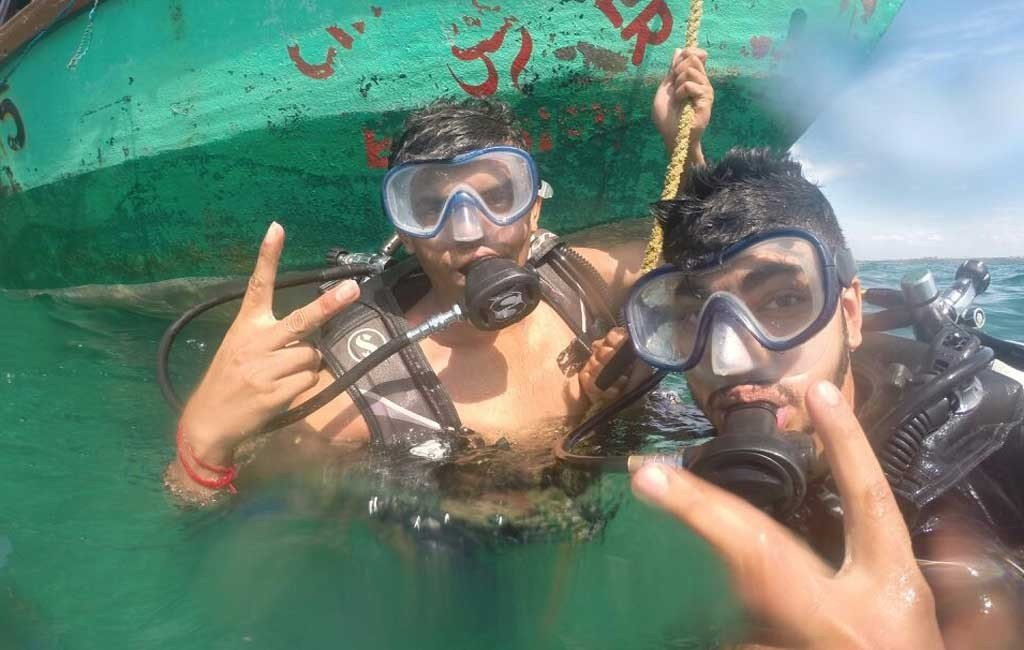 scuba diving training bat island, goa