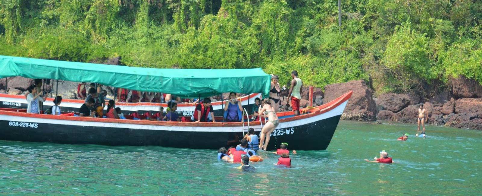Snorkeling Island Boat Tour
