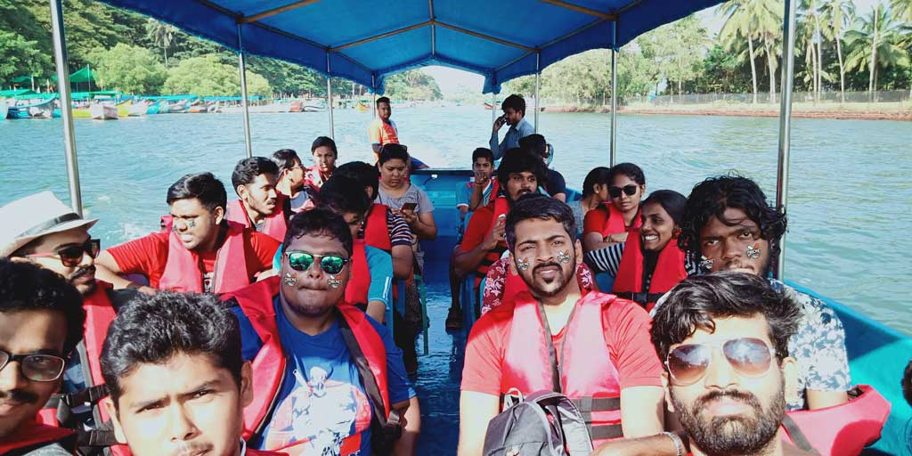 Boat-tours-Goa-Bat-island